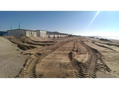 Песок. Побережье азовского моря.