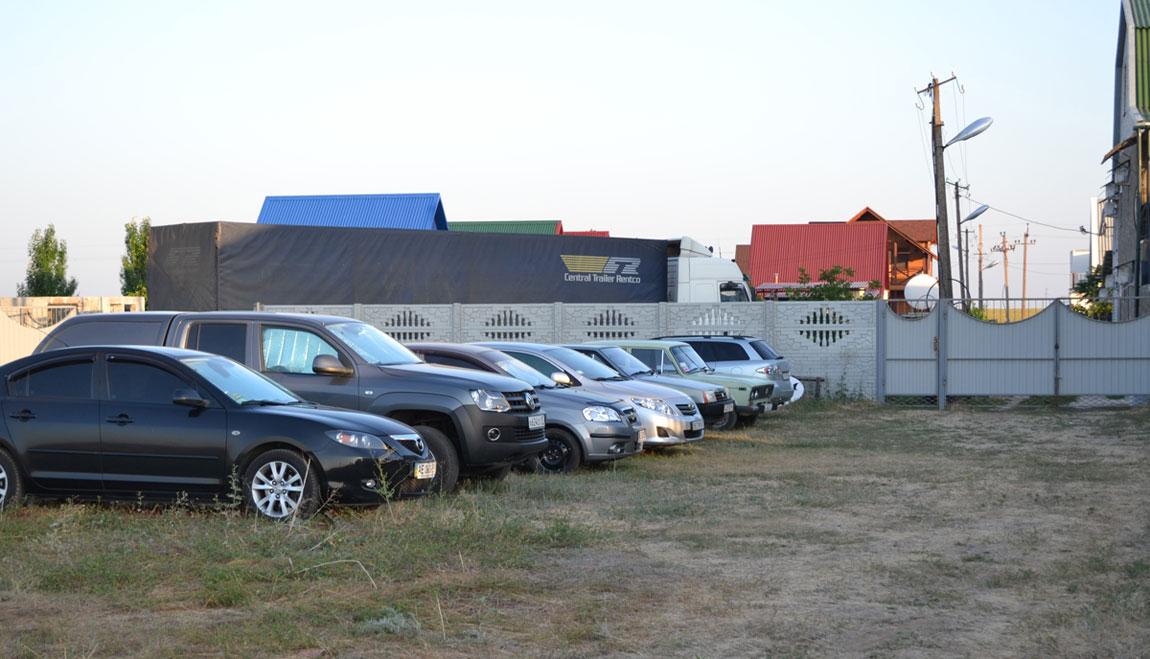 Бесплатная парковка для автомобилей
