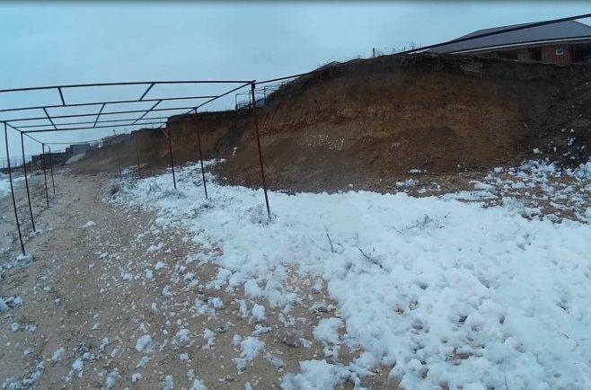снег на море азовском