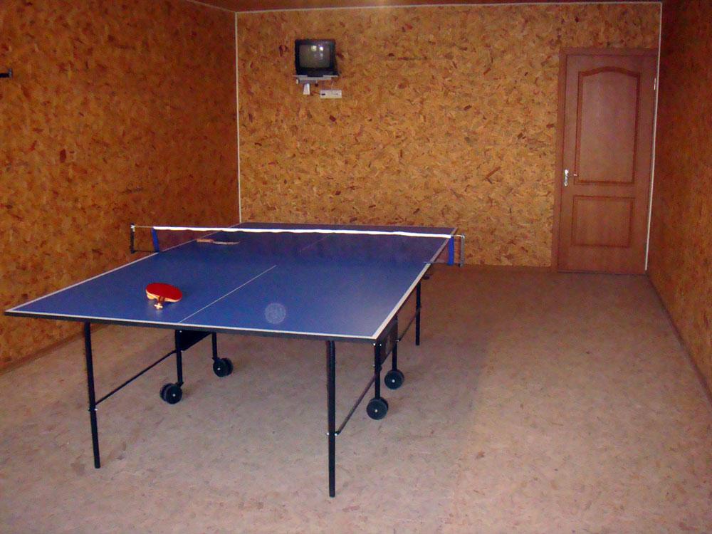 Стол для игры в настольный тенис