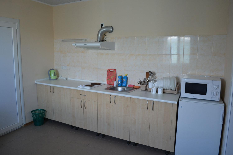 Большая отдельная кухня