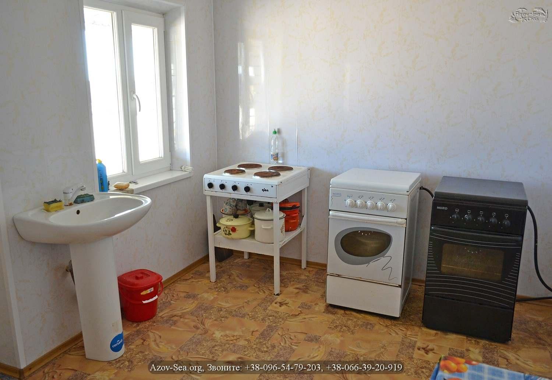 Кухня. База отдыха Уютный Дворик. Степановка Первая.