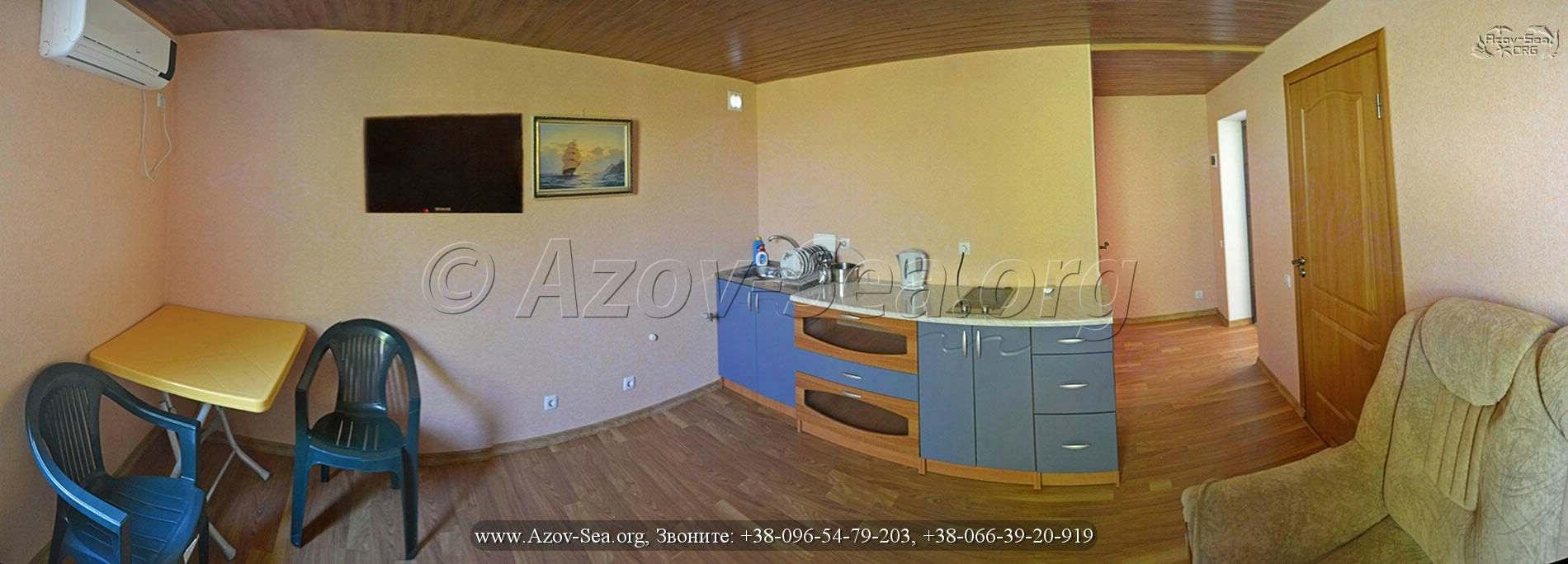 Большой 2-х комнатный 6-ти местный номер люкс. Ксения.