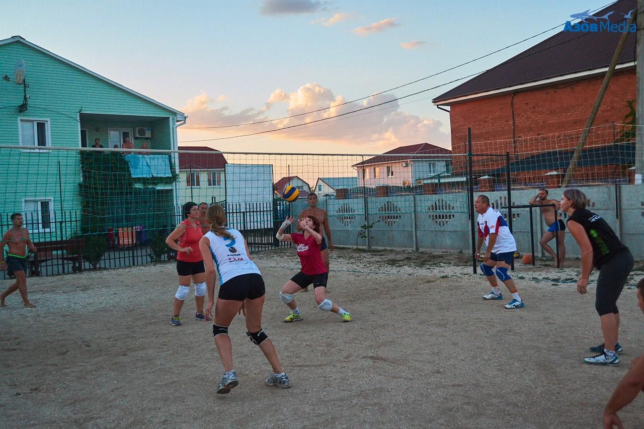 Волейбол. Степановка Первая. Отдых на Азовском море.