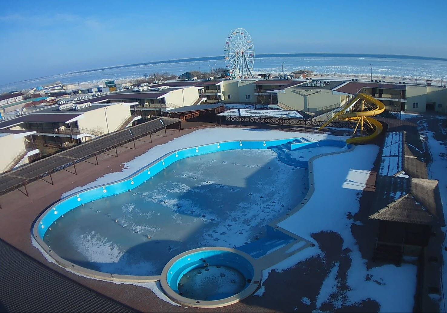 Замёрзло Азовское Море!