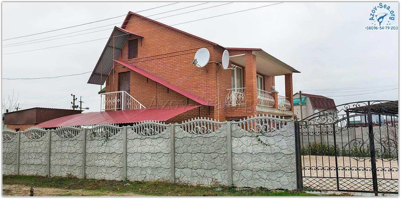 Домик на азовском море. Степановка.